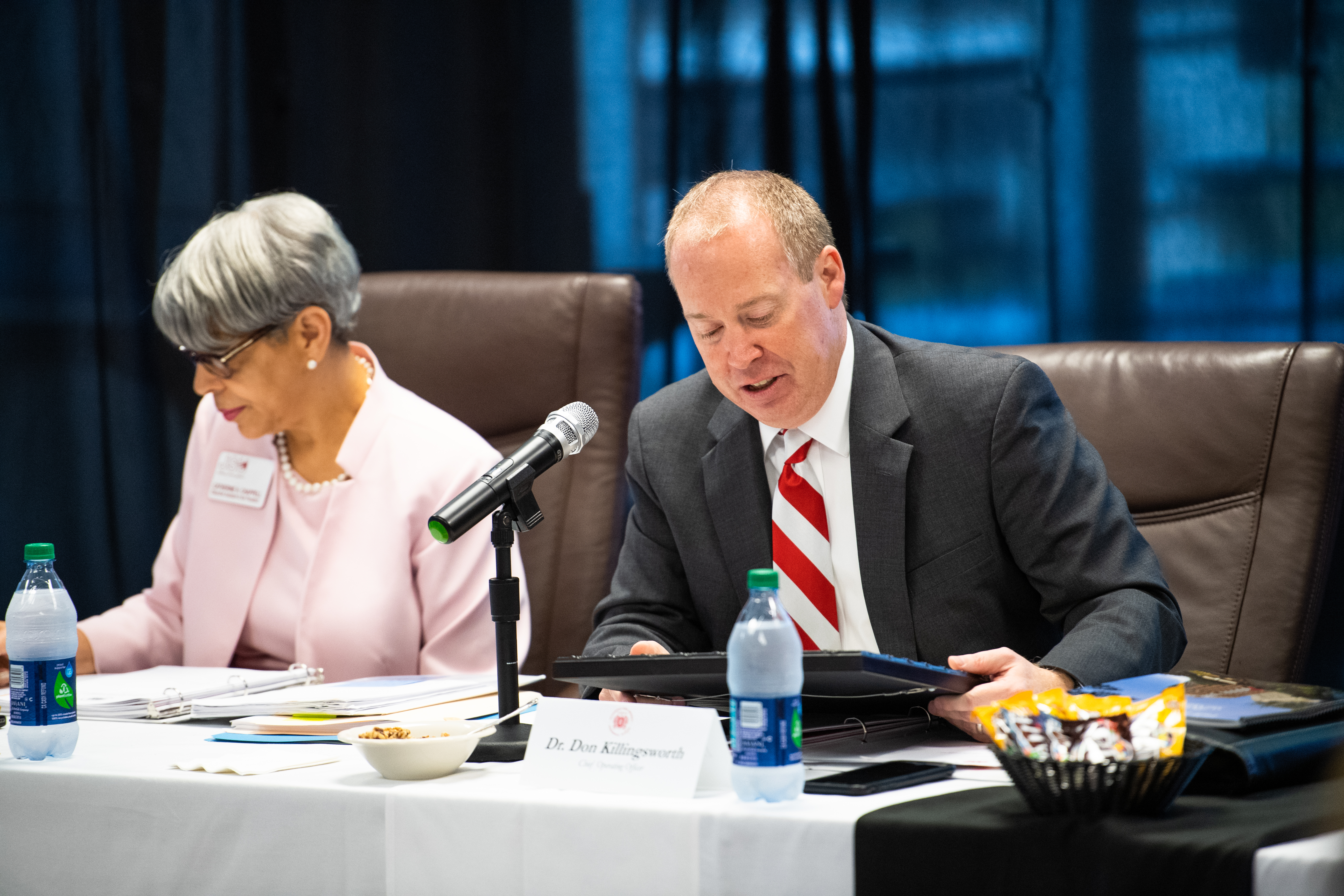 Executive Assistant to the President Catherine Chappell, pictured left, and now-acting President Don Killingsworth, pictured right, in attendance of the quarterly Board of Trustees meeting held on October 22. (Matt Reynolds/JSU)