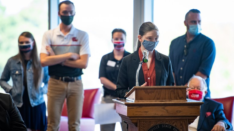 Abigail Read, pictured speaking, addressed the Board of Trustees Tuesday on an invention made for a Biodesign challenge course alongside students Zach Galbreath, Avery Lowe, Will Milner and Kyra Watral. (Matt Reynolds/JSU)