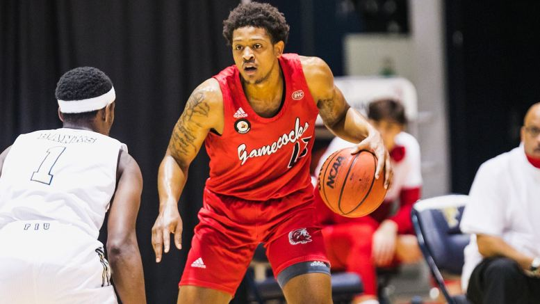 Senior Darian Adams (23) equalled his career-high with 20 points to go along with his two steals in JSU's matchup against FIU on Friday, Dec. 4. (Courtesy of JSU)