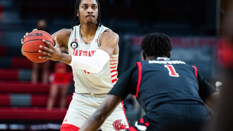 The Jacksonville State men's basketball team matched its longest winning streak of the season with an 80-60 win over SIUE at Pete Mathews Coliseum on Saturday. (Matt Reynolds/JSU)