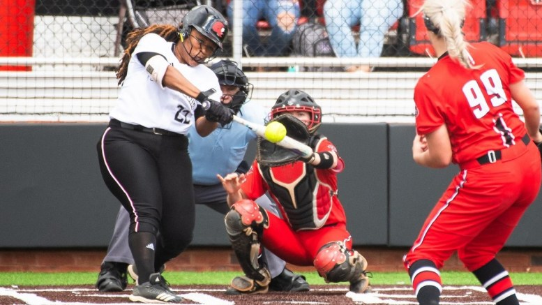 JSU softball's record falls to 4-11 after a loss in the UT Martin series on Saturday. (Courtesy of JSU)